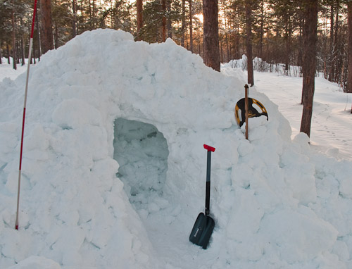 Digging in - Ice Raven - Sub Zero Adventure - Copyright Gary Waidson, All rights reserved.