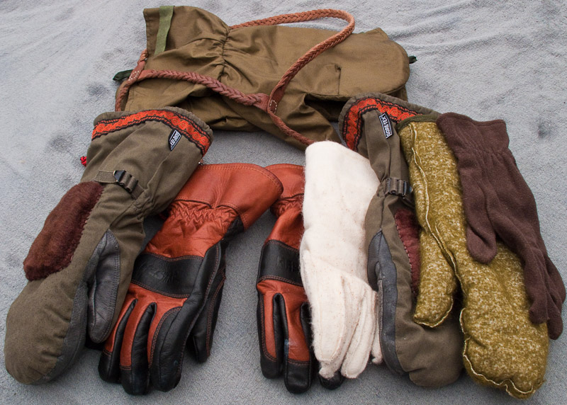 Gloves-and-Mitts.jpg